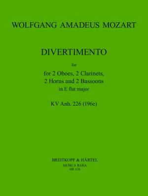Mozart: Divertimento in Es KV Anh.226