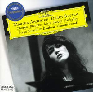 Martha Argerich, Debut Recital