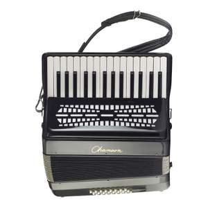 Chanson Piano Accordion 8 Bass Black