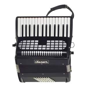 Chanson Piano Accordion 48 Bass Black